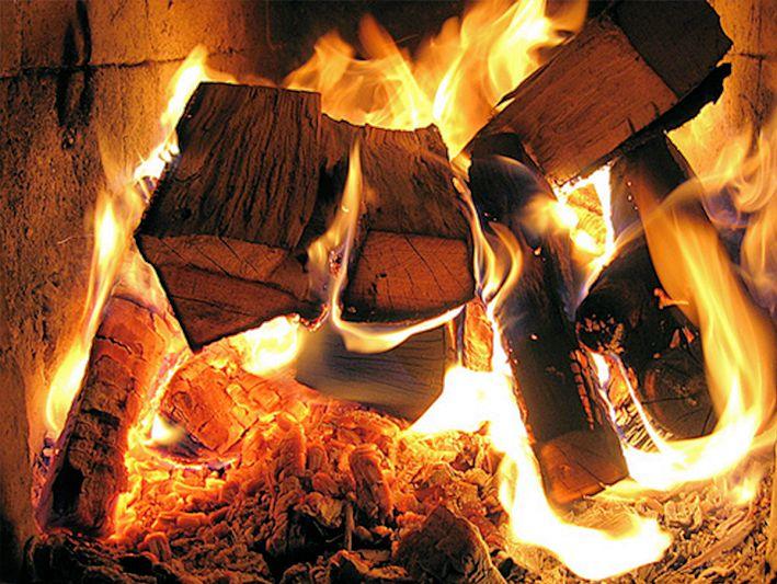 Non buttar legna sul fuoco