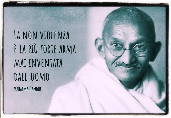 Gandhi e la non violenza